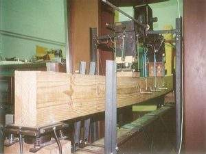 Machinery cutting wooden post